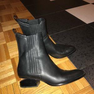 Alexander Wang Anouck boots. Rose gold. Size 38.